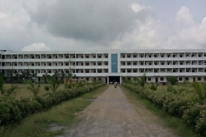 https://cache.careers360.mobi/media/colleges/social-media/media-gallery/7349/2018/11/20/Campus View of Vinuthna College of Management Warangal_Campus-View.png