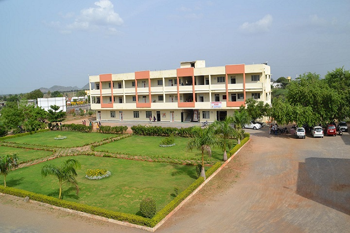 https://cache.careers360.mobi/media/colleges/social-media/media-gallery/7351/2018/11/21/Campus View of Vaageswari Institute of Management Sciences Karimnagar_Campus-View.jpg