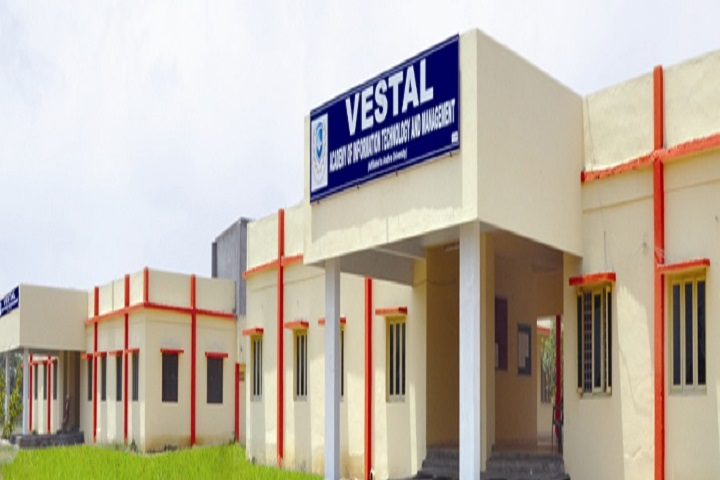 https://cache.careers360.mobi/media/colleges/social-media/media-gallery/7355/2018/11/22/Campus View of Vestal Academy of Information Technology and Management Eluru_Campus-View.jpg