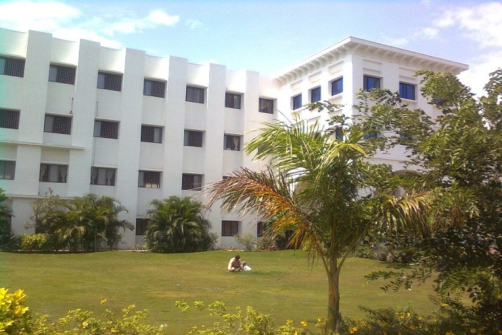 https://cache.careers360.mobi/media/colleges/social-media/media-gallery/7393/2018/11/30/College View of Dr SNS Rajalakshmi College of Arts and Science Coimbatore_Campus-View.jpg