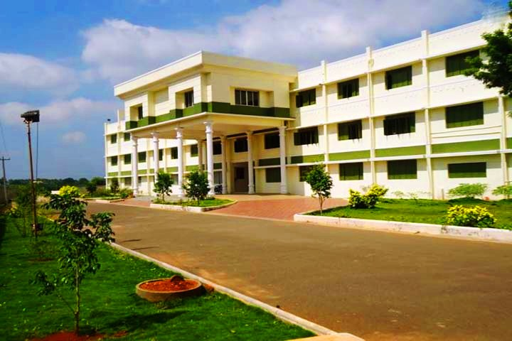 https://cache.careers360.mobi/media/colleges/social-media/media-gallery/7398/2018/11/26/Campus View of Maharaja Arts and Science College Coimbatore_Campus-View.JPG