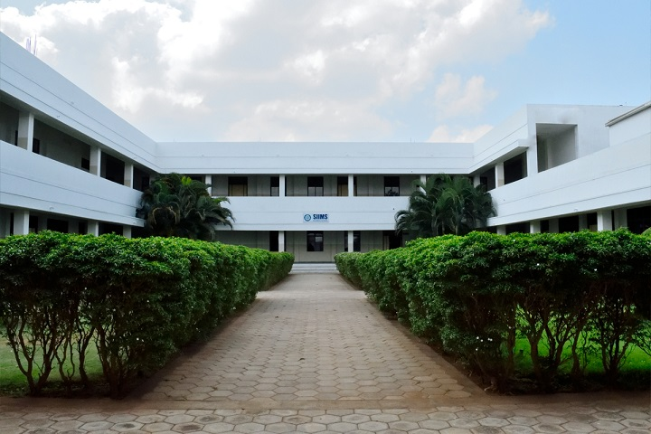 https://cache.careers360.mobi/media/colleges/social-media/media-gallery/7404/2018/11/27/College Building View of Sakthi Institute of Information and Management Studies Coimbatore_Campus-View.jpg