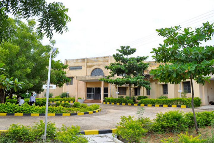 https://cache.careers360.mobi/media/colleges/social-media/media-gallery/7426/2018/11/17/Campus View of Institute of Cooperative Management Madurai_Campus-view.PNG