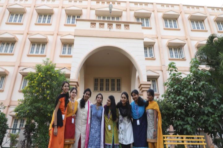 https://cache.careers360.mobi/media/colleges/social-media/media-gallery/7502/2018/10/10/College Building Of Sri Ramakrishna College of Arts and Science for Women, Coimbatore_Campus-View.png
