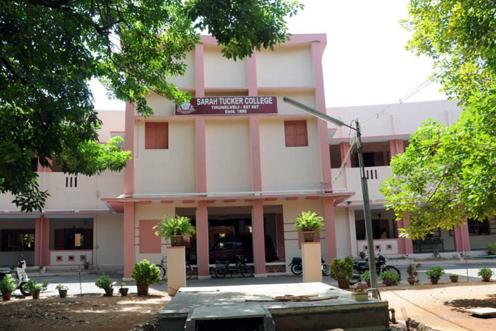 https://cache.careers360.mobi/media/colleges/social-media/media-gallery/7530/2018/12/25/College Adminitrative Building View of Sarah Tucker College Tirunelveli_Campus-View.jpg