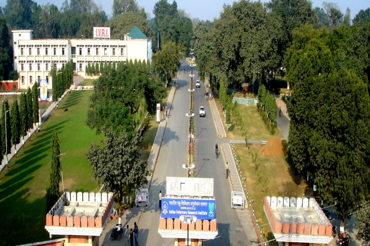 https://cache.careers360.mobi/media/colleges/social-media/media-gallery/756/2018/9/24/Campus view Of Indian Veterinary Research Institute Izatnagar_Campus-View.jpg
