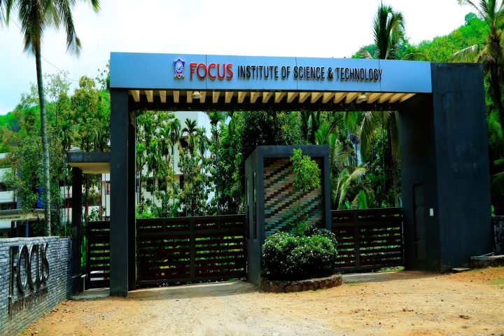 https://cache.careers360.mobi/media/colleges/social-media/media-gallery/7675/2019/4/5/Campus entrance of Focus Institute of Science and Technology Poomala_Campus-view.jpg