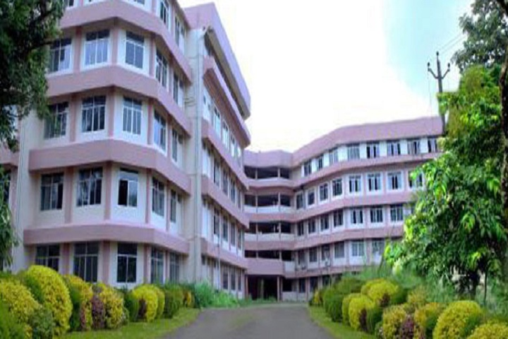 https://cache.careers360.mobi/media/colleges/social-media/media-gallery/7677/2018/10/1/Building view of Carmel College of Engineering and Technology Alappuzha_Campus-View.jpg