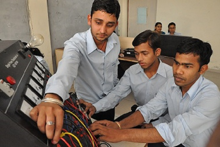 https://cache.careers360.mobi/media/colleges/social-media/media-gallery/7694/2018/9/14/Electrical lab of Aryabhatta College of Engineering and Technology Barnala_Labratory.jpg