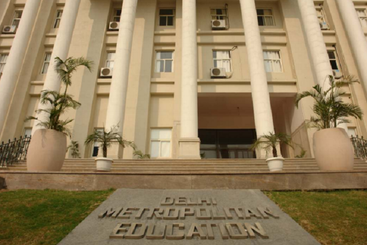 https://cache.careers360.mobi/media/colleges/social-media/media-gallery/7726/2018/12/4/Campus-View of Delhi Metropolitan Education Greater Noida_Campus-View.png