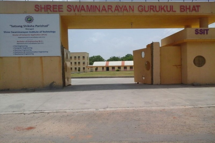 https://cache.careers360.mobi/media/colleges/social-media/media-gallery/7737/2019/3/7/Front View of Campus Shree Swaminarayan Institute of Technology, Bhat_Campus View.jpg