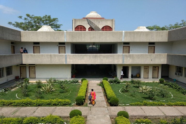 https://cache.careers360.mobi/media/colleges/social-media/media-gallery/775/2020/10/30/Campus-View of Central Sanskrit University New Delhi_Campus-View.jpg