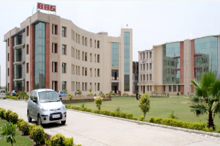 https://cache.careers360.mobi/media/colleges/social-media/media-gallery/7764/2020/8/11/Campus View of BBS Institute of Pharmaceutical and Allied Science Greater Noida_Campus-View.jpg