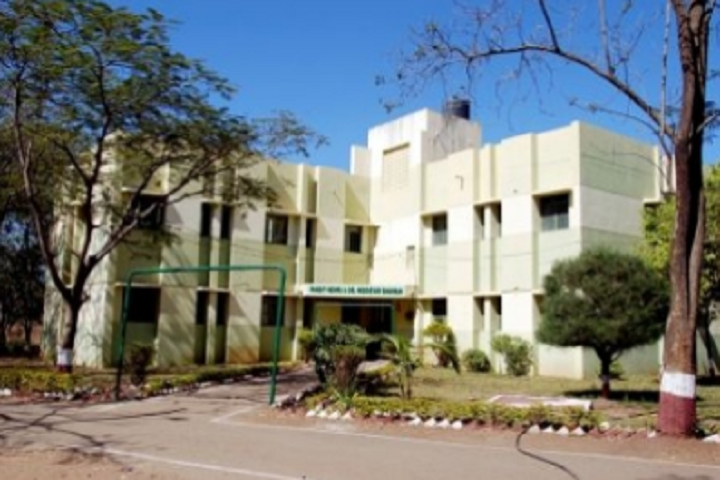 https://cache.careers360.mobi/media/colleges/social-media/media-gallery/7815/2020/9/23/Hostel of CHME Societys Dr Moonje Institute of Management and Computer Studies Nashik_Hostel.png