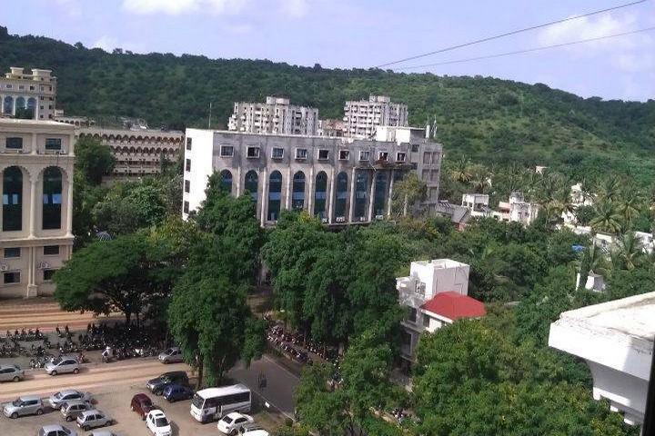 https://cache.careers360.mobi/media/colleges/social-media/media-gallery/7824/2018/8/4/MIT-School-of-Management-Pune-Campus2.jpg