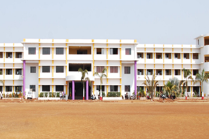 https://cache.careers360.mobi/media/colleges/social-media/media-gallery/7896/2019/3/13/Campus View of Prabhodhan Shikshan Prasarak Sanshtas Indira Institute of Pharmacy Sangameshwar_Campus-View.png
