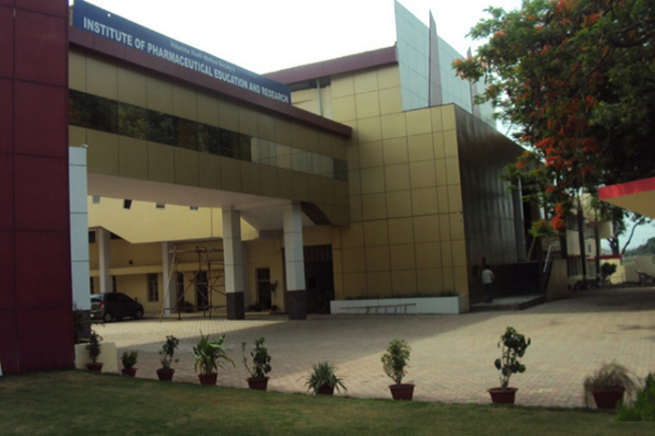 https://cache.careers360.mobi/media/colleges/social-media/media-gallery/7902/2019/4/8/Campus View of Institute of Pharmaceutical Education and Research Wardha_Campus-View.png
