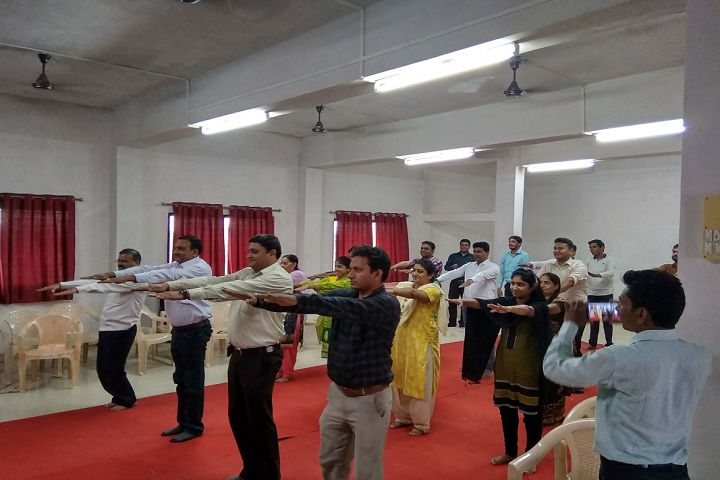 https://cache.careers360.mobi/media/colleges/social-media/media-gallery/7935/2019/3/6/Yoga day Event of Kai Yashodabai Dagadu Saraf Charitable Trusts College of Pharmacy Bhusawal_Events.jpg