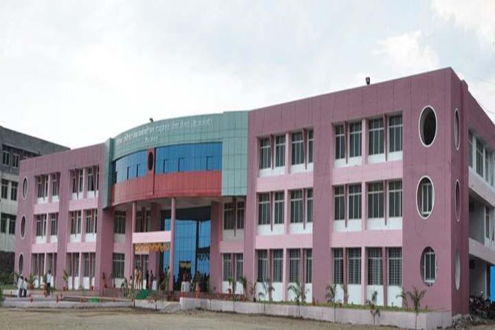 https://cache.careers360.mobi/media/colleges/social-media/media-gallery/7977/2018/7/30/Gourishankar-Institute-of-Pharmaceutical-Education-and-Research-Satara-Campus.JPG