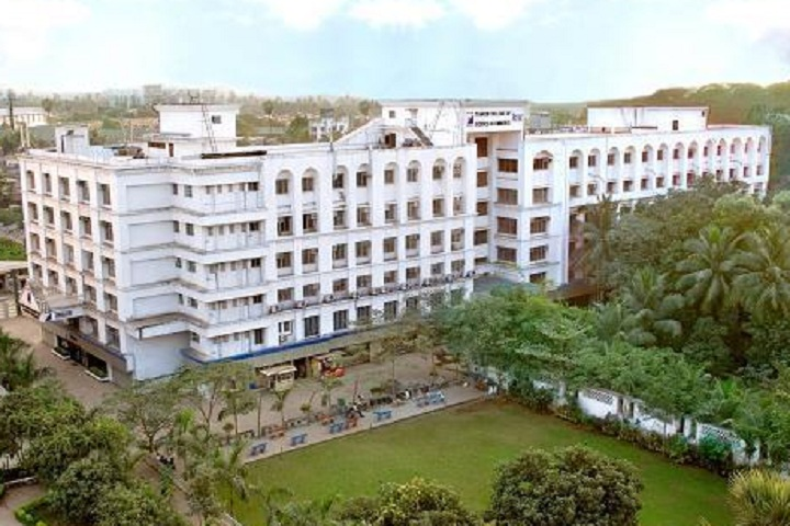 https://cache.careers360.mobi/media/colleges/social-media/media-gallery/8030/2020/3/19/Campus view of Thakur College of Science and Commerce Mumbai_Campus-View.jpg