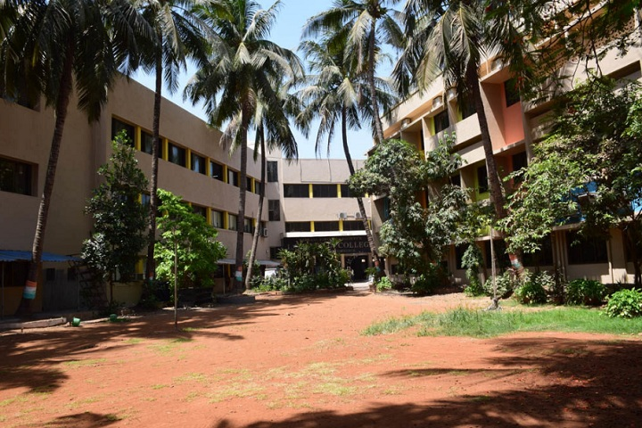 https://cache.careers360.mobi/media/colleges/social-media/media-gallery/8058/2020/3/6/Campus view of  L S Raheja College of Arts and Commerce Mumbai_Campus-view.jpg