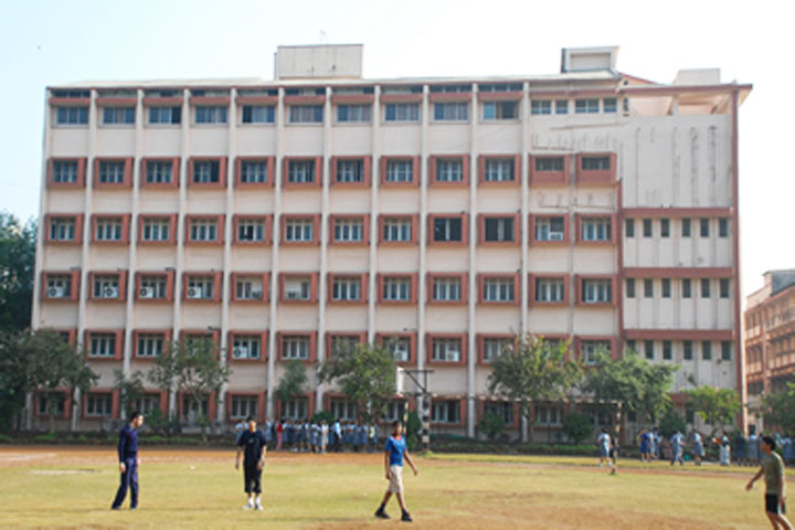 https://cache.careers360.mobi/media/colleges/social-media/media-gallery/8075/2019/6/11/Campus View of Vivekanand Education Societys College of Arts Science and Commerce Mumbai_Campus-View.jpg