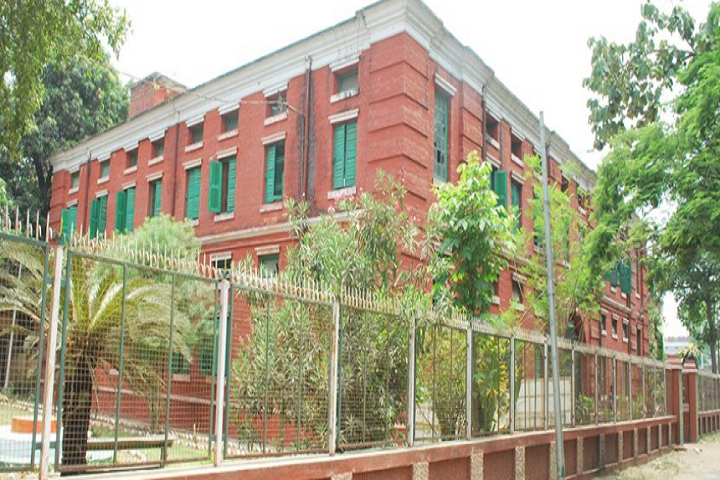 https://cache.careers360.mobi/media/colleges/social-media/media-gallery/8119/2020/1/6/Campus view of Patna Science College Patna_Campus-view.png