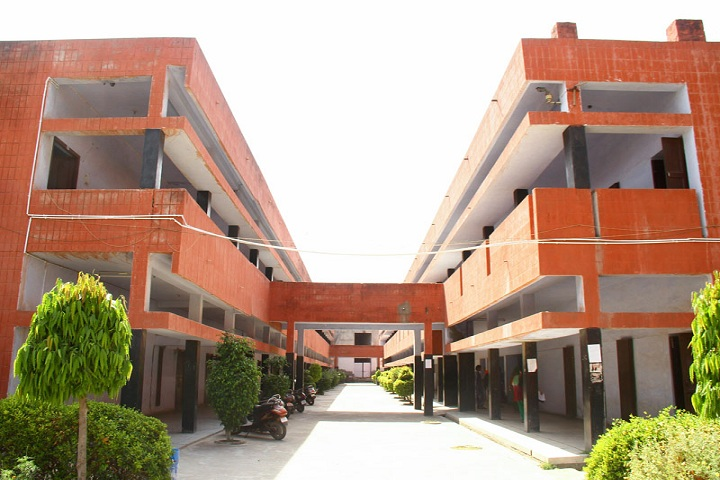 https://cache.careers360.mobi/media/colleges/social-media/media-gallery/8131/2018/12/22/Campus View of Adarsh Mahila Mahavidyalaya Bhiwani_Campus-View.jpg