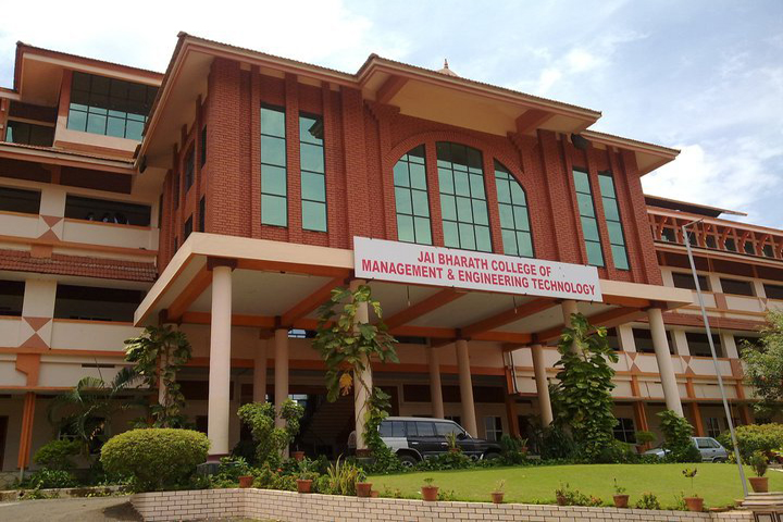 https://cache.careers360.mobi/media/colleges/social-media/media-gallery/8190/2019/6/10/Campus of Jai Bharath School of Management and Studies Perumbavoor_Campus-View.jpg
