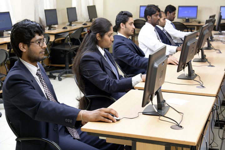 https://cache.careers360.mobi/media/colleges/social-media/media-gallery/8195/2019/6/10/IT lab of RJS Institute of Management Studies Bangalore_IT-Lab.jpg