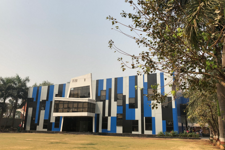 https://cache.careers360.mobi/media/colleges/social-media/media-gallery/8217/2018/11/21/Campus view of Vidyalankar School of Information Technology Mumbai_Campus-view.png