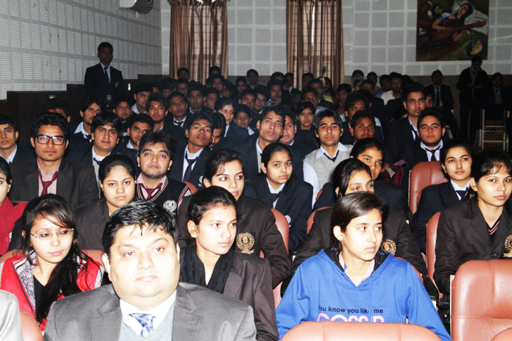 https://cache.careers360.mobi/media/colleges/social-media/media-gallery/8245/2016/12/26/Subharti-Institute-of-Management-and-Commerce-Meerut9.jpg