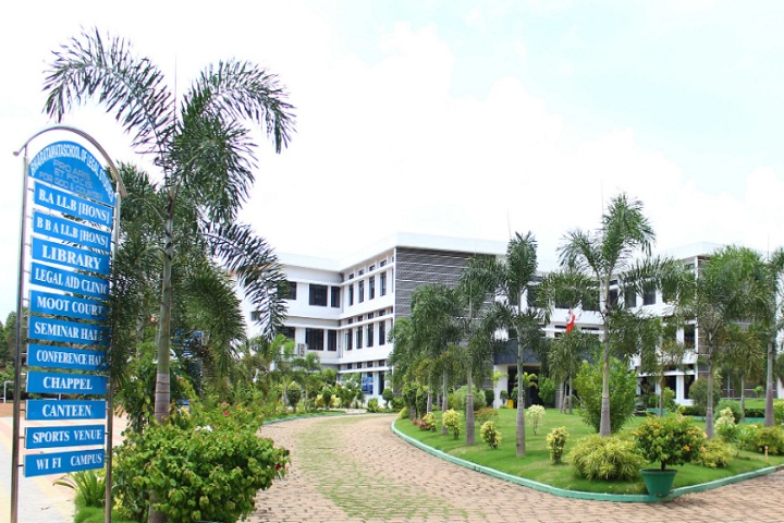 https://cache.careers360.mobi/media/colleges/social-media/media-gallery/828/2018/12/8/Campus Entrance View of Bharata Mata School of Legal Studies Chunangamvely_Campus-View.jpg