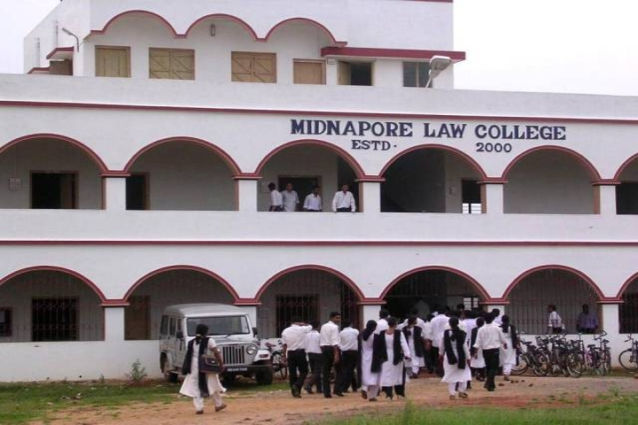 https://cache.careers360.mobi/media/colleges/social-media/media-gallery/8323/2018/12/4/Front View of Midnapore Law College MIdnapore_Campus-View.jpg