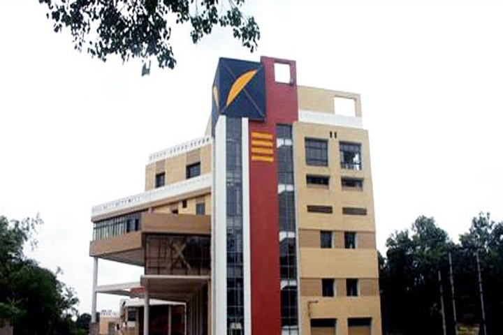 https://cache.careers360.mobi/media/colleges/social-media/media-gallery/8364/2018/11/24/Campus-View of Bengal School of Technology and Management, Hooghly_Campus-View.JPG