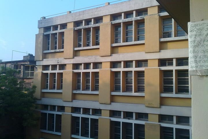 https://cache.careers360.mobi/media/colleges/social-media/media-gallery/8384/2019/5/10/Campus View of Seth Anandram Jaipuria College Kolkata_Campus-View.jpg