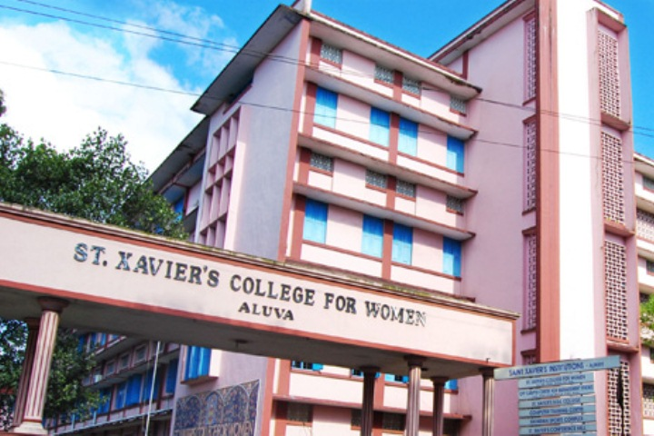 https://cache.careers360.mobi/media/colleges/social-media/media-gallery/8393/2019/5/25/College View of St Xaviers College for Women Aluva_Campus-View.jpg