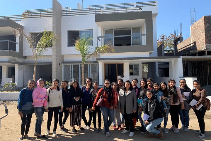 https://cache.careers360.mobi/media/colleges/social-media/media-gallery/8395/2019/1/5/Campus View outer with students of SDPS Womens College Indore_Campus-View.jpg