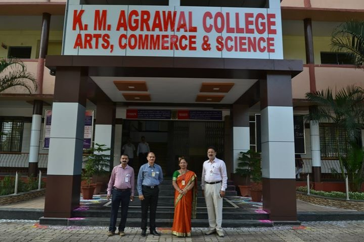 https://cache.careers360.mobi/media/colleges/social-media/media-gallery/8407/2020/2/6/College View of KM Agrawal College of Arts Commerce and Science Kalyan_Campus-View.jpg