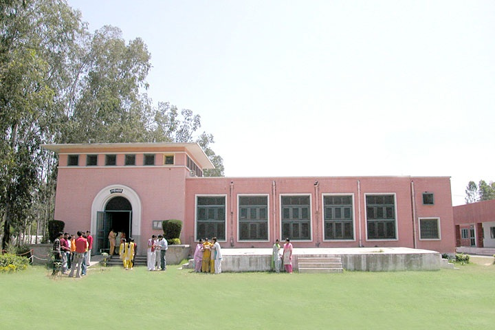https://cache.careers360.mobi/media/colleges/social-media/media-gallery/8412/2020/1/11/College Administrative Building View of Nawab Jassa Singh Ahluwalia Government College Kapurthala_Campus-View.png
