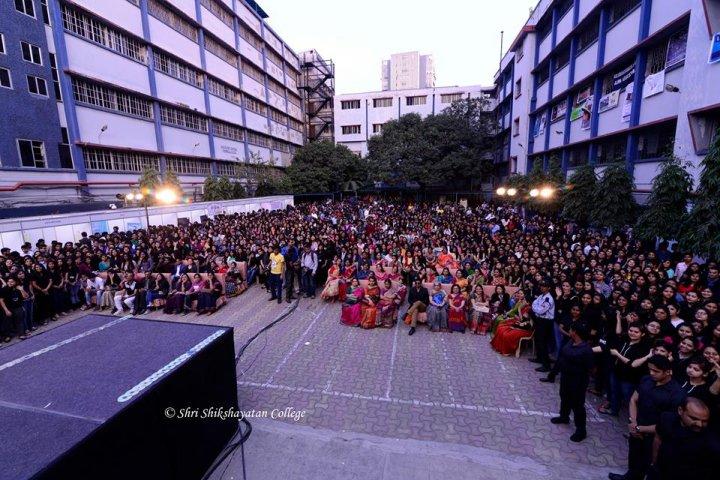 https://cache.careers360.mobi/media/colleges/social-media/media-gallery/8439/2018/8/22/Shri-Shikshayatan-College-Kolkata14.jpg