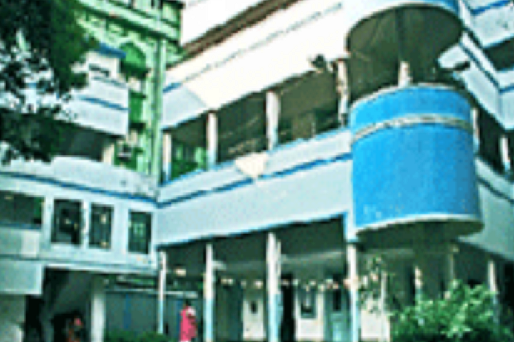 https://cache.careers360.mobi/media/colleges/social-media/media-gallery/8443/2019/1/3/Campus View of Rani Birla Girls College Kolkata_Campus-View.png