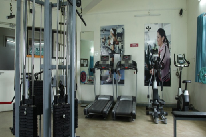 https://cache.careers360.mobi/media/colleges/social-media/media-gallery/8471/2019/4/10/Gym of City Premier College Nagpur_Gymnasium.jpg
