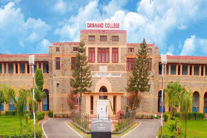 https://cache.careers360.mobi/media/colleges/social-media/media-gallery/8488/2020/1/10/Campusview of Dayanand College Ajmer_Campus-View.jpg