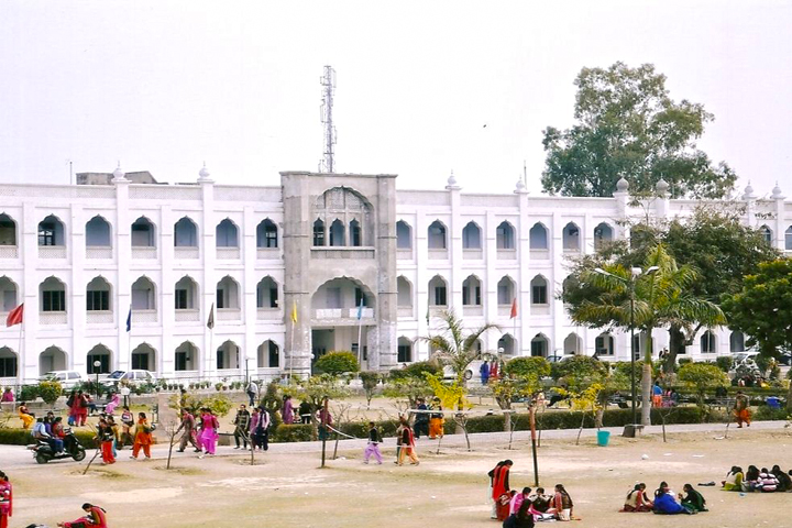 https://cache.careers360.mobi/media/colleges/social-media/media-gallery/8542/2019/4/25/College Building View of Khalsa College for Women Amritsar_Campus-View.JPG