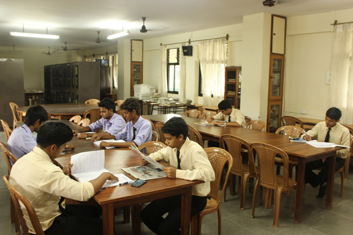https://cache.careers360.mobi/media/colleges/social-media/media-gallery/8554/2020/2/5/Library of Don Bosco College Panjim_Library.jpg