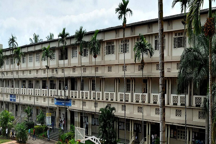 https://cache.careers360.mobi/media/colleges/social-media/media-gallery/8582/2019/3/5/college building of G A College of Commerce Sangli_campus-view.jpg
