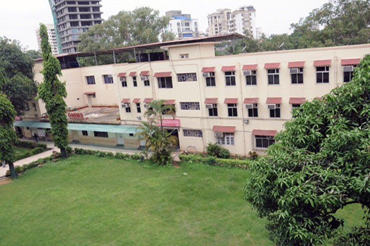 https://cache.careers360.mobi/media/colleges/social-media/media-gallery/8620/2020/9/29/College View of Guru Nanak Institute of Management Studies Mumbai_Campus-View.jpg