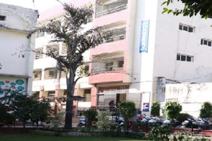 https://cache.careers360.mobi/media/colleges/social-media/media-gallery/8753/2020/2/24/Campus Building of KVA DAV College For Women Karnal_Campus-View.jpg