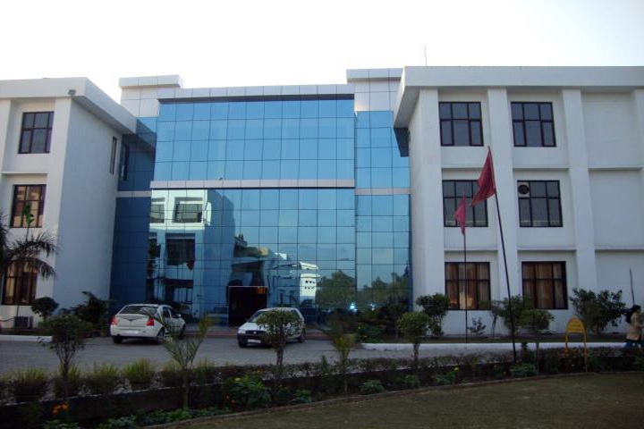 https://cache.careers360.mobi/media/colleges/social-media/media-gallery/8821/2019/2/26/Campus View of Ch Devi Lal College of Pharmacy Yamuna Nagar_Campus-View.jpg